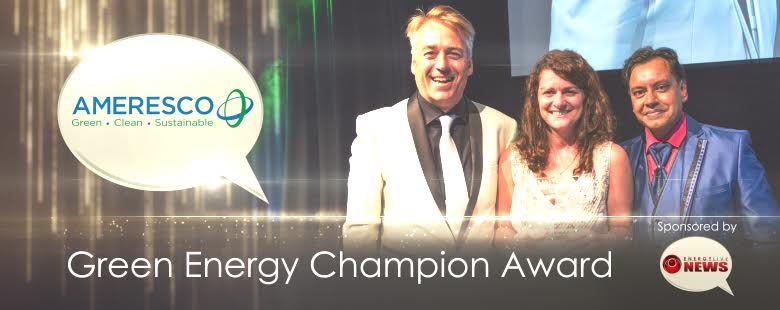 Kath Chapman of Ameresco United Kingdom receives a 2015 Energy Live Consultancy Green Champion Award
